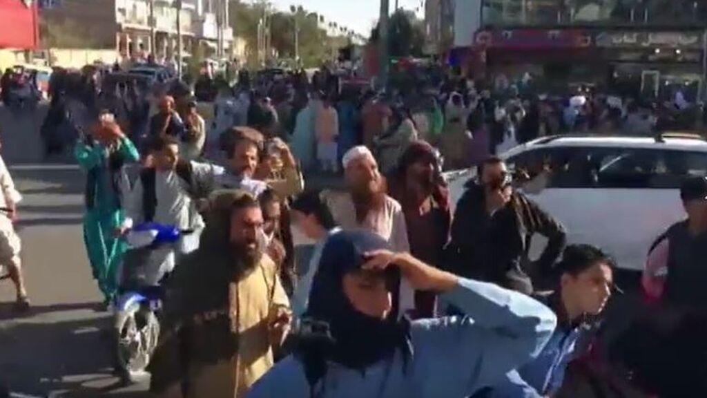 Castigo ejemplar, al estilo talibán