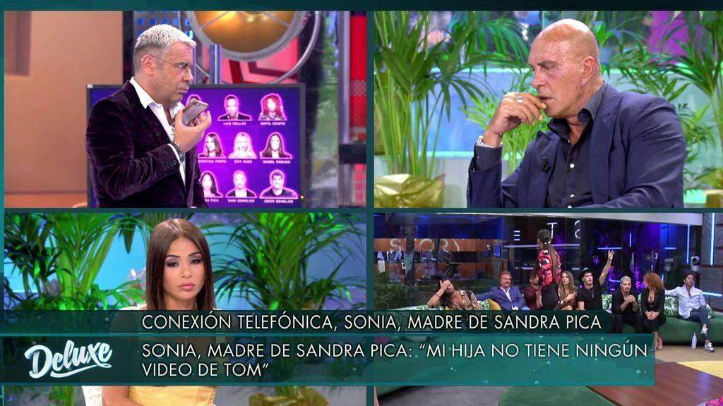 Sonia llama enfadada al 'Deluxe'