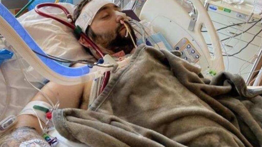 """Un chico de 25 años tras someterse a un doble trasplante de pulmón a causa del covid: """"Me los hizo chicle"""""""