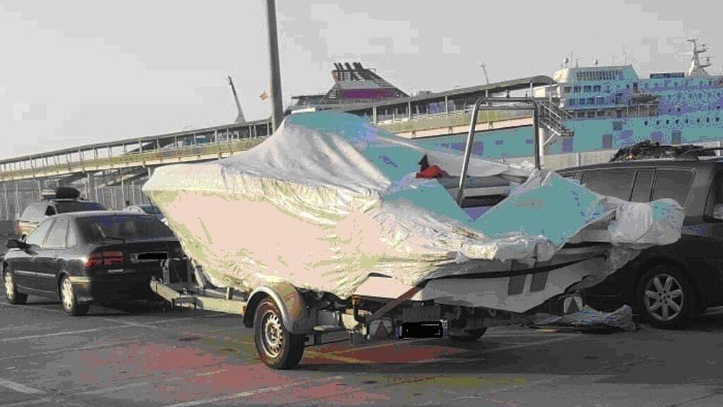 Sacan a subasta pública 47 vehículos abandonados en el Puerto de Almería