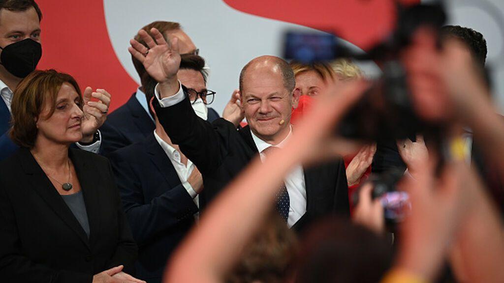 Elecciones en Alemania: Los socialdemócratas ganan a los democristianos de Merkel