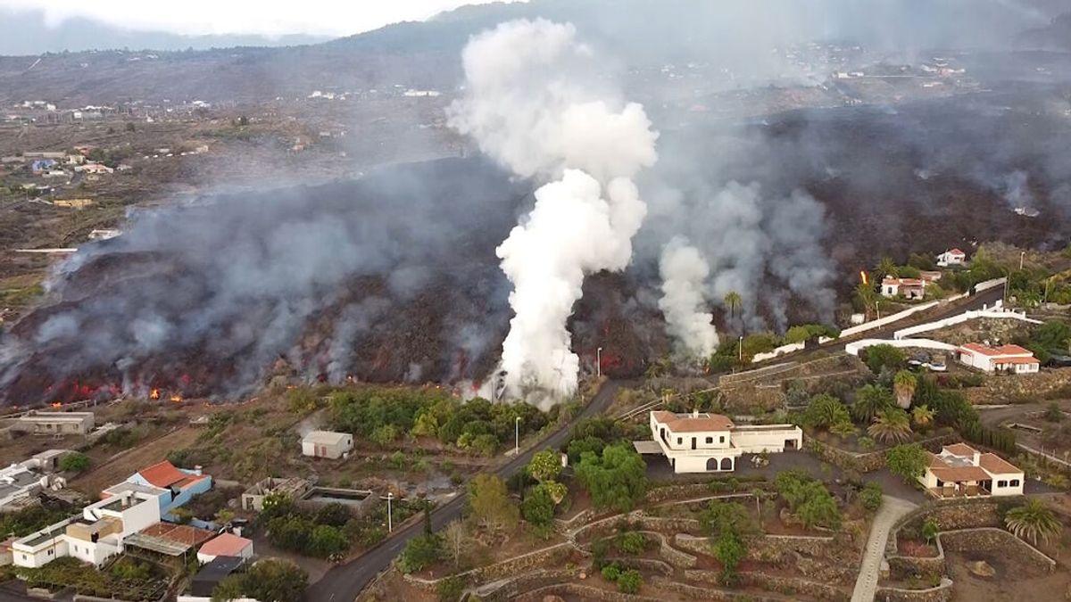 ¿De quién es la lava que sale del volcán de La Palma antes y después de que llegue al mar?