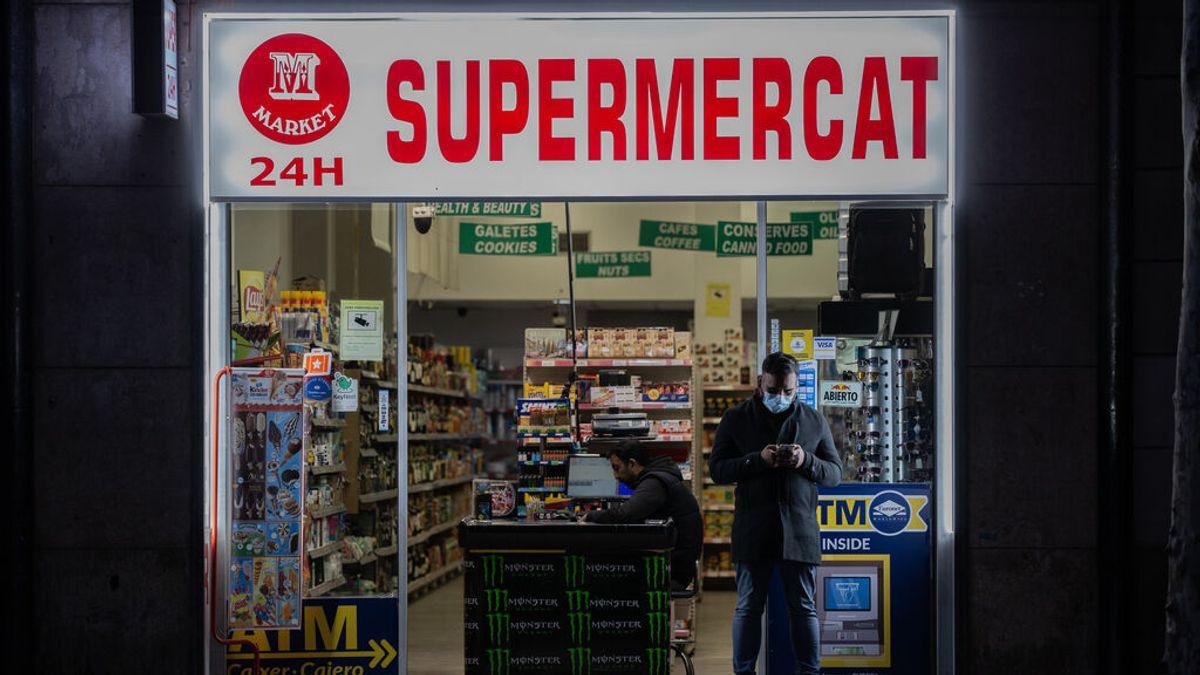 Barcelona cerrará los comercios que vendan alcohol después de las 23h o a menores