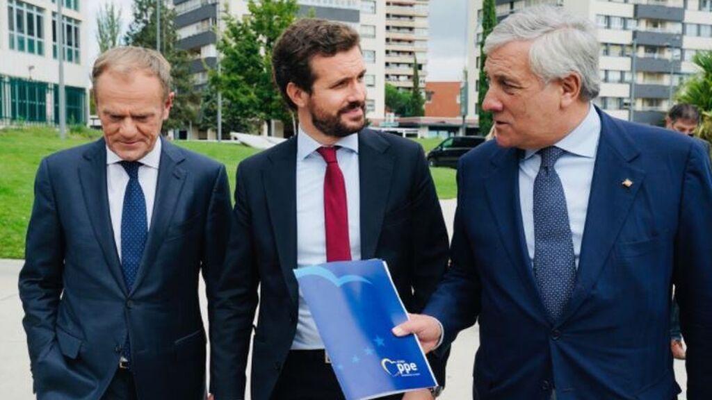 Tusk y Tajani jalean a Casado para que gane las próximas elecciones