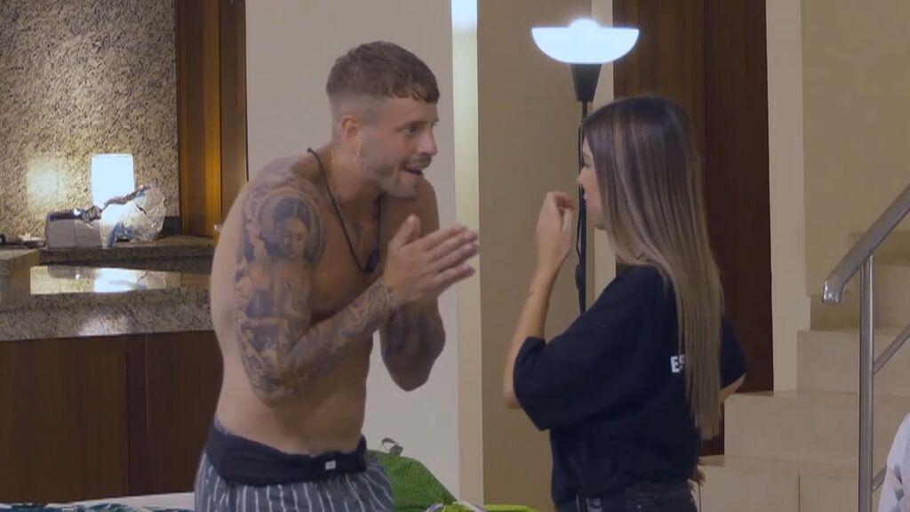 Óscar reprocha a Andrea perder el tiempo con Manuel