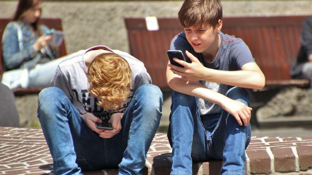 El 81% de los jóvenes siente ansiedad antes de reunir el valor para hacer una llamada