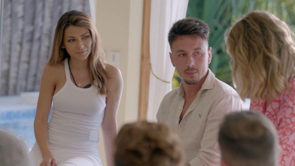 La llegada de Cristian y Bela a Villa Playa