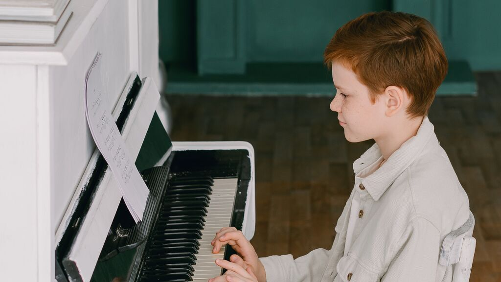 niño.piano