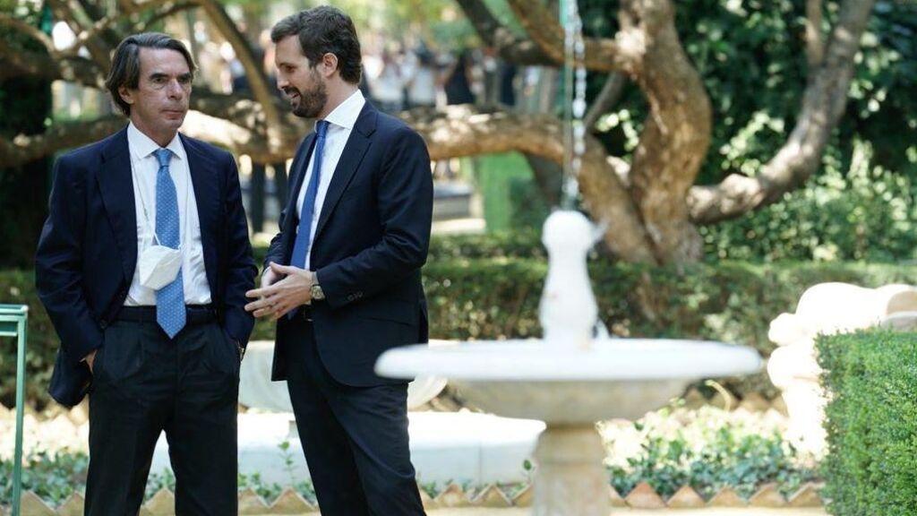Aznar unge a Casado como próximo presidente de España