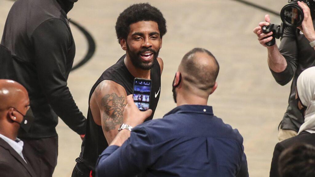 La NBA se pone seria con los jugadores 'antivacunas': sufrirán importantes reducciones salariales