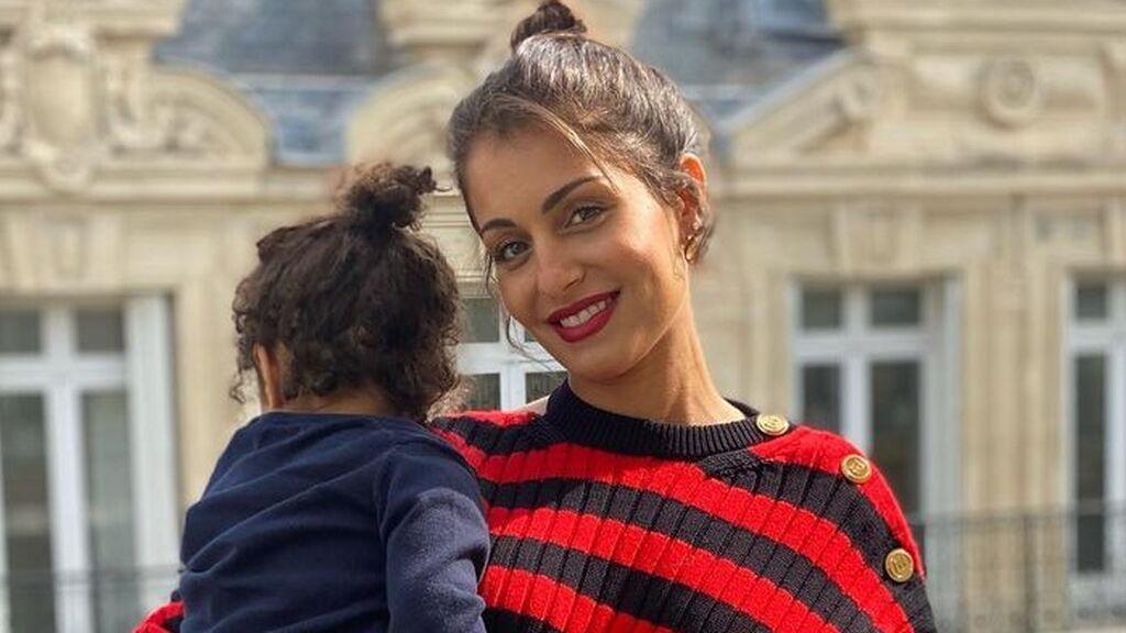 """Hiba Abouk, sobre la adaptación escolar de su hijo en Francia: """"Muy pocos lo hacen con humanidad"""""""