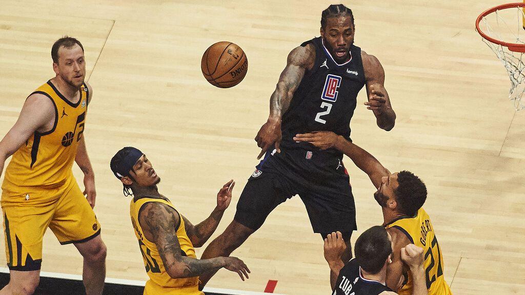 Los jugadores de la NBA no vacunados perderán parte de su salario