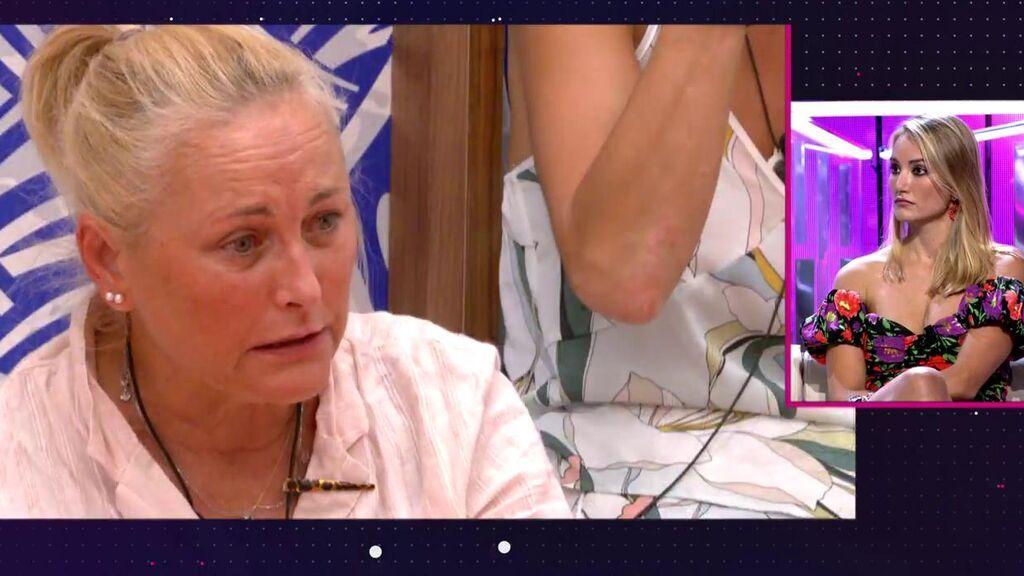 """La reacción de Alba Carrillo a las lágrimas de Lucía Pariente tras la bronca con Cristina Porta: """"Me duele muchísimo"""""""