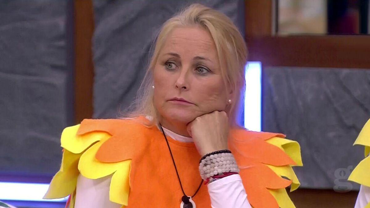 Lucía asegura que ellos nunca hablan de nominaciones mientras hablan de nominaciones