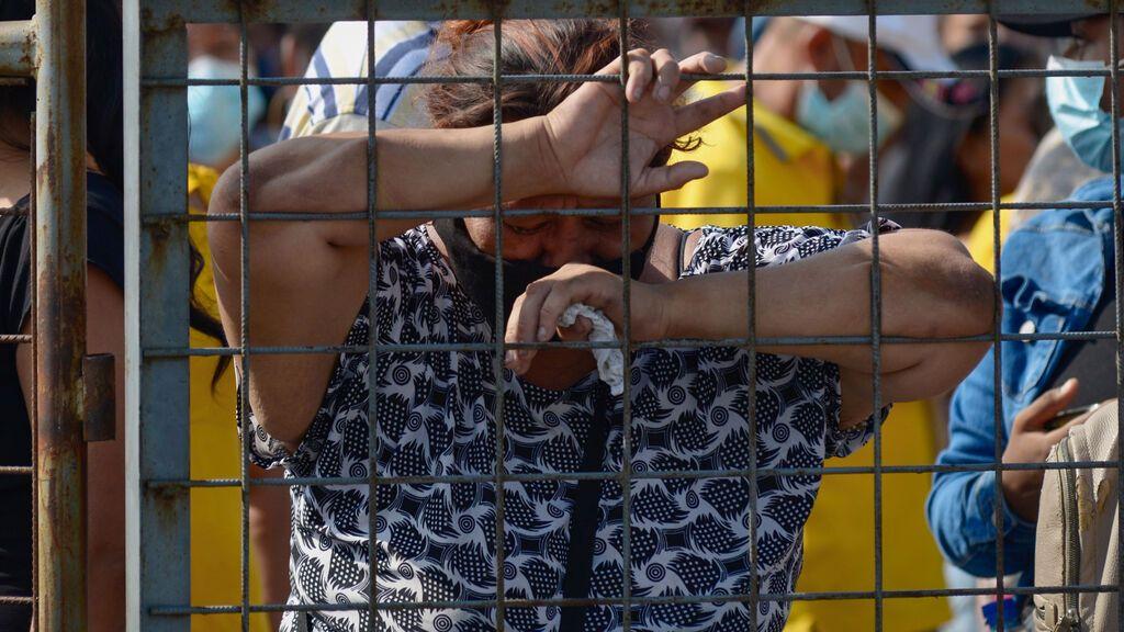 Más de 110 muertos en una guerra entre presos con granadas y decapitaciones en Ecuador