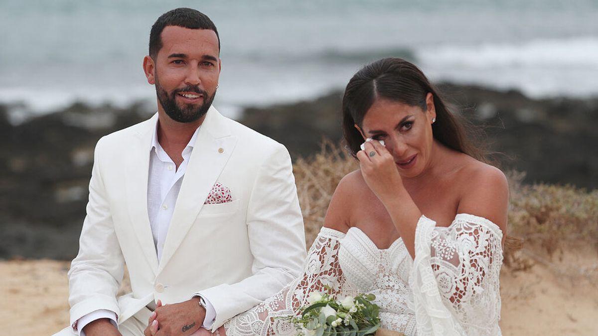 Así ha sido la boda de Anabel Pantoja: el 'Sí quiero', el vestido de la novia, los looks de los invitados o el dardo a Kiko Rivera