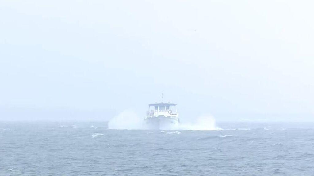 El agitado viaje en barco de los invitados de la boda de Anabel Pantoja