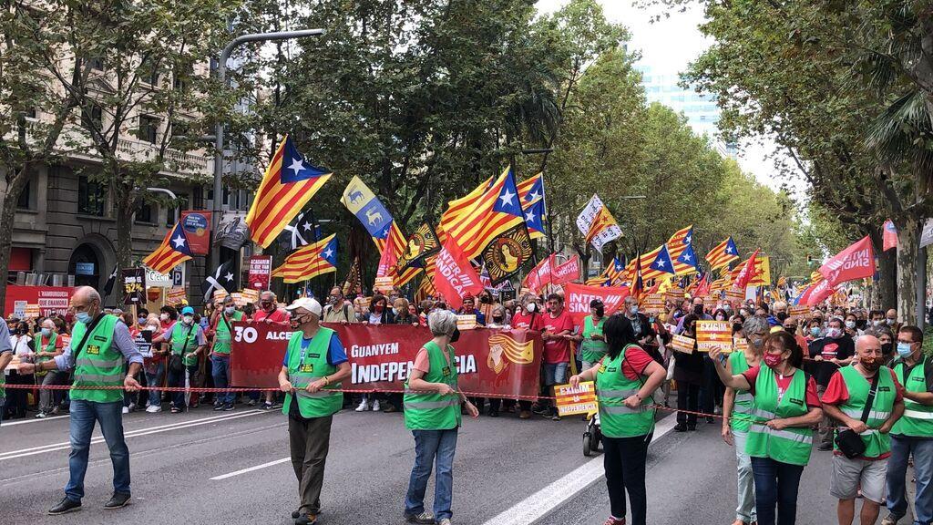 1.200 independentistas reivindican el 1-O en una protesta en la avenida Diagonal de Barcelona