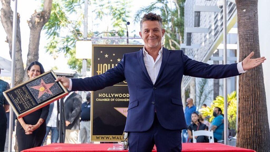 """Alejandro Sanz, una nueva estrella brilla en Hollywood: """"Nunca soñé con tener una estrella en el Paseo de la Fama"""""""