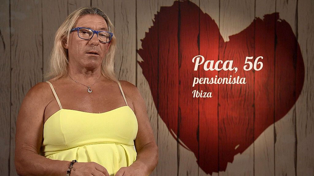 """Paca vuelve a buscar el amor en 'First Dates': """"Me da igual morena o rubia pero con los pechotes grandes"""