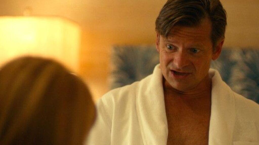 Captura de la comentada escena de 'The White Lotus'