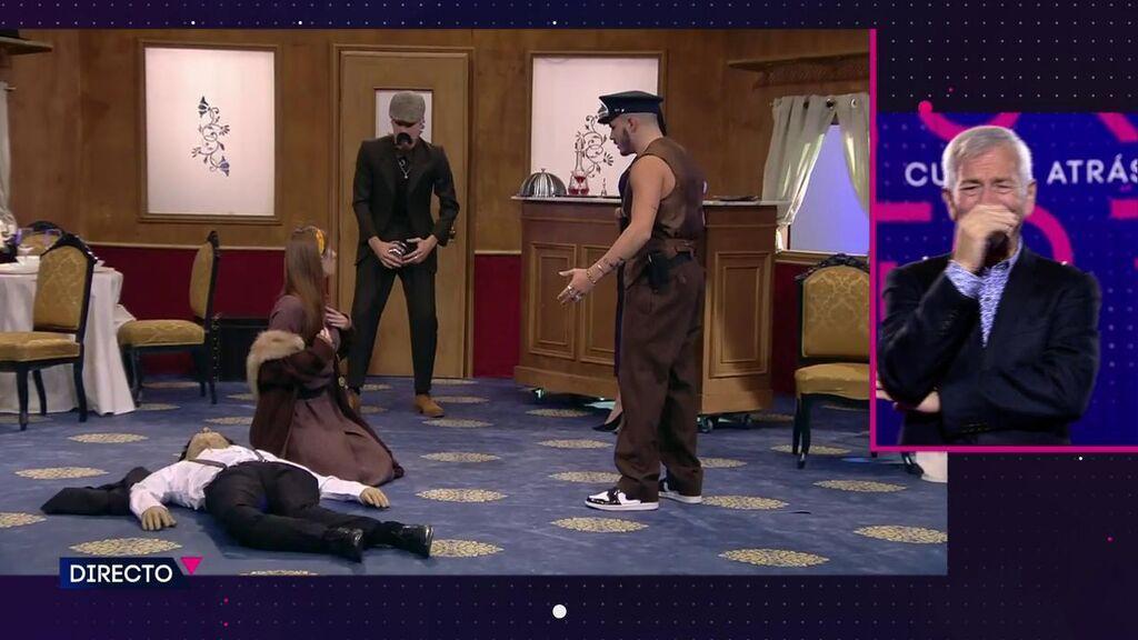 A Carlos Sobera le entra un ataque de risa con la interpretación de los concursantes