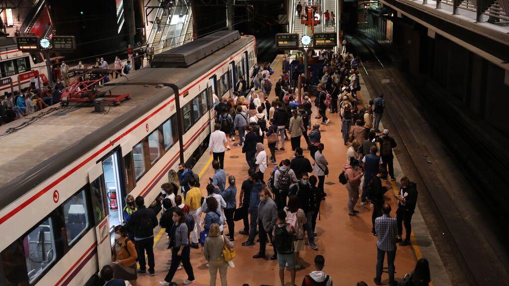 Renfe incumple mínimos de trenes en la 4ª jornada huelga: 515 suprimidos