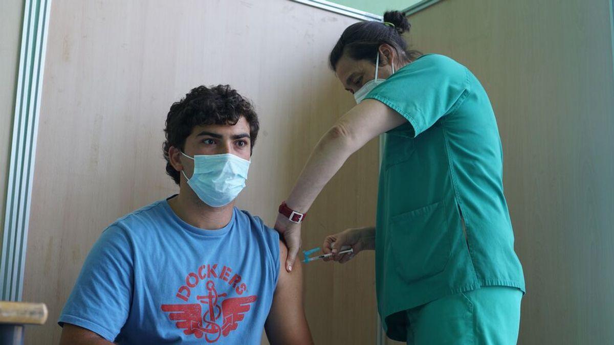 Los equipos de vacunación contra el coronavirus de Valencia reciben la Alta Distinción de la Generalitat