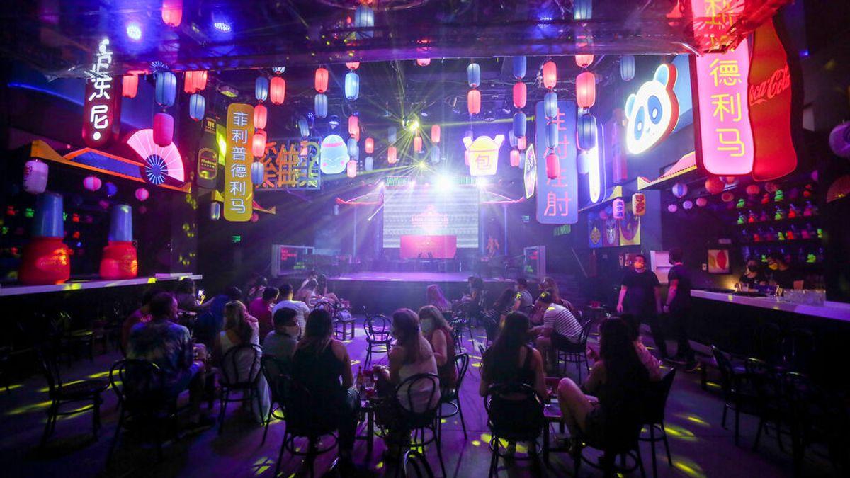 La vuelta de las discotecas, también para divorciados: ¿nos divertimos igual que hace 30 años?