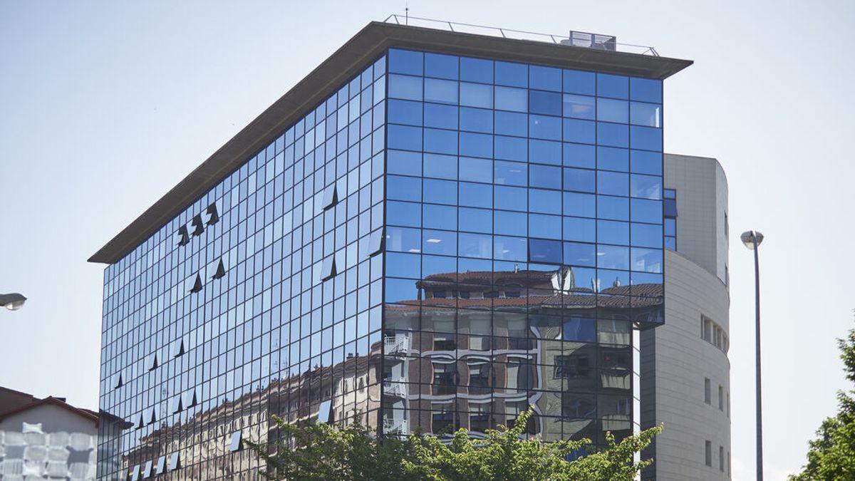 La Audiencia de Navarra absuelve a un guardia civil acusado de detener ilegalmente a una camarera
