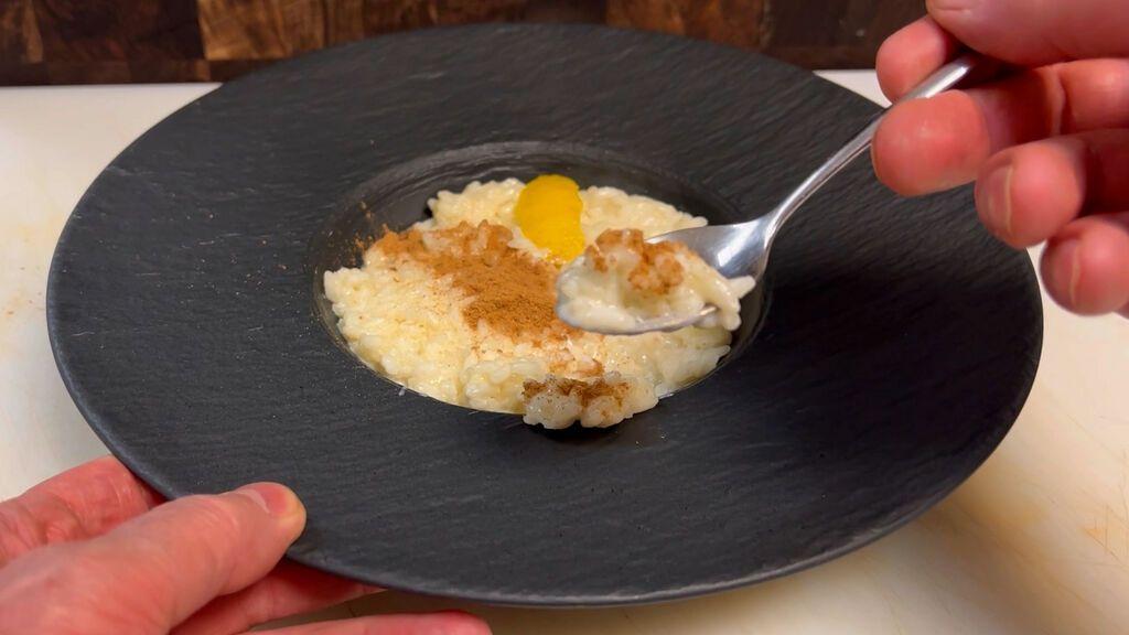 Rafuel enseña a Coloma el arroz con leche