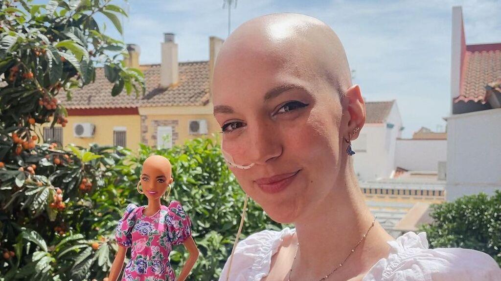 Elena Huelva visibiliza en redes la realidad del cáncer
