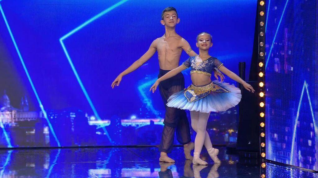 La edad no es un límite para este dúo de bailarines