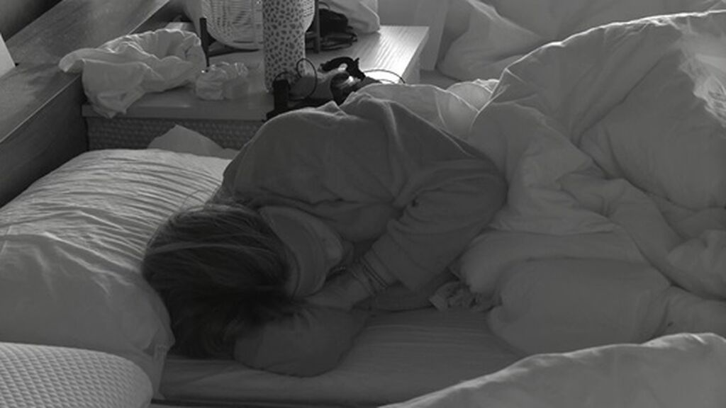cris durmiendo