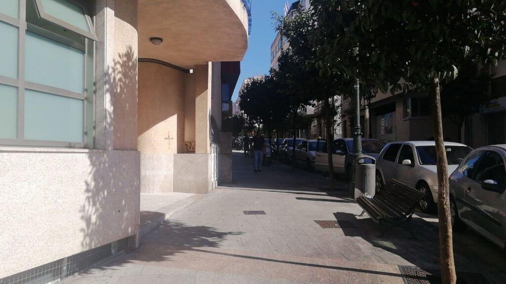 Detenida por intentar atacar con un cuchillo a un compañero de su hijo en la entrada de un colegio de Vigo