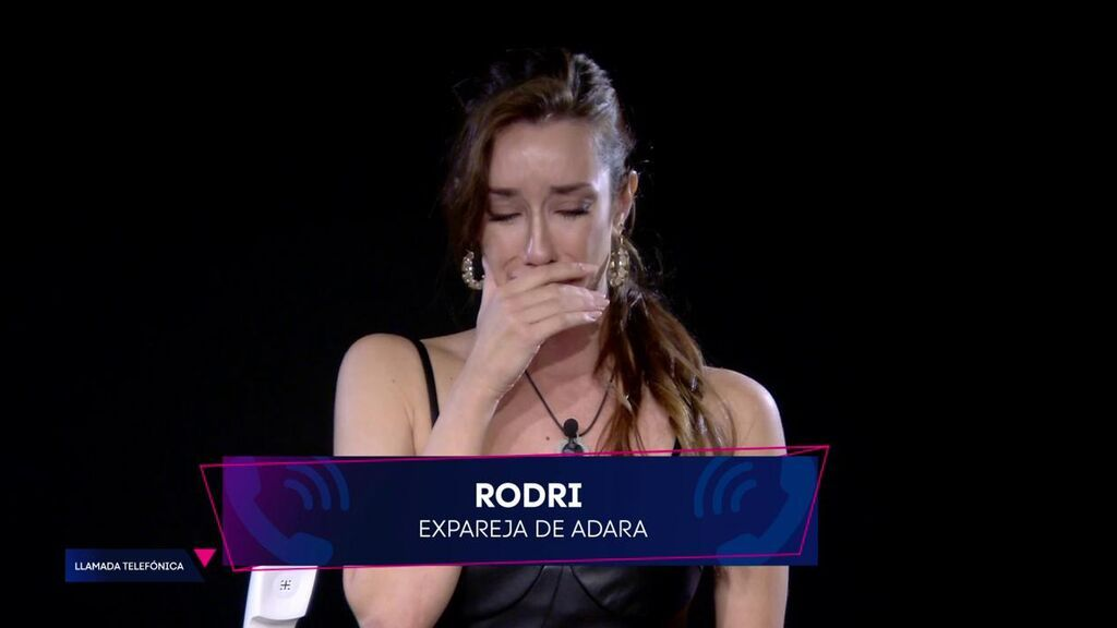 """Adara se rompe al recibir la llamada de Rodri Fuertes: """"Te quiero mucho, necesitaba decírtelo"""""""