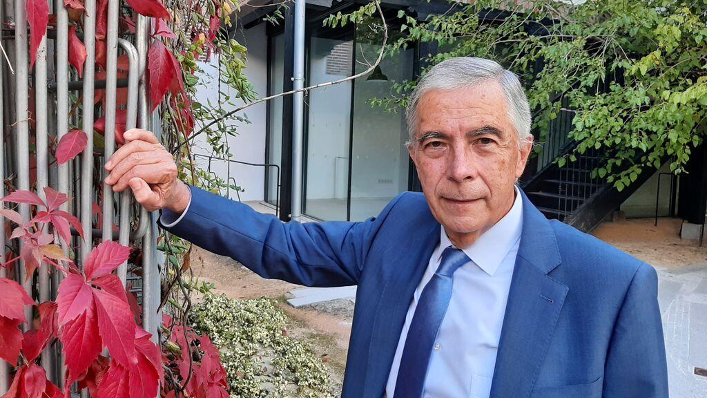"""Francisco Michavila, matemático y autor de """"Mi París"""""""