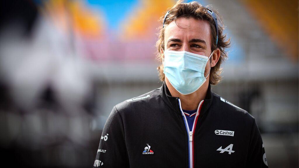 "Fernando Alonso tira de ironía por su maniobra en Rusia: ""He sido idiota cumpliendo las normas"""