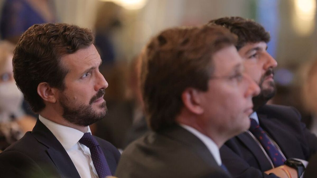 """Casado advierte de que España """"está quebrada"""": """"Esta gente no sabe nada de economía, nada"""""""