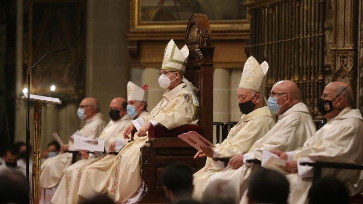 EuropaPress_3754262_arzobispo_toledo_francisco_cerro_chaves_misa_corpus_christi