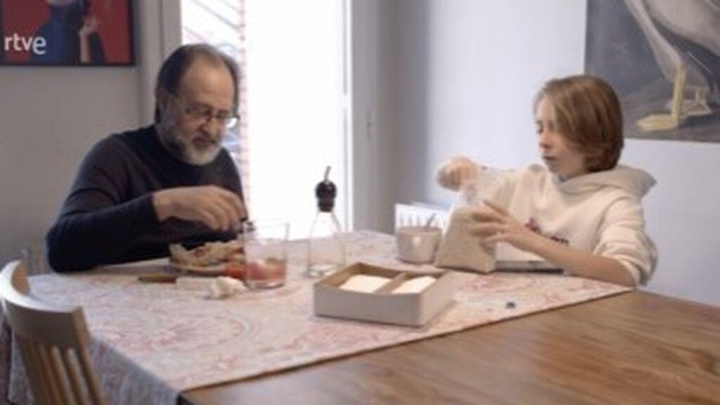 Luismi, desayunando con Darío