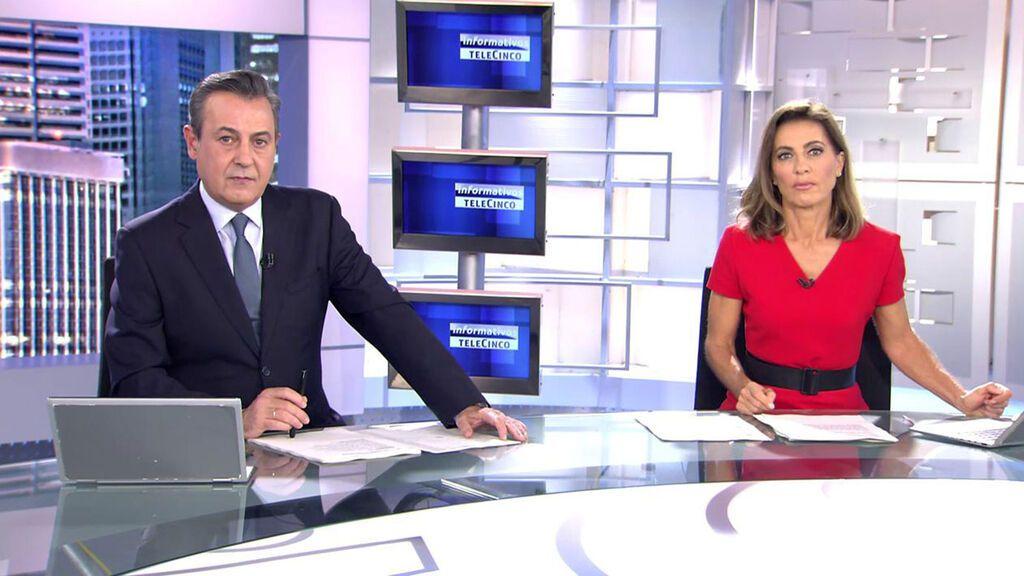 Con José Ribagorda y Ángeles Blanco Informativos Telecinco 2021 Noche 10/10/2021