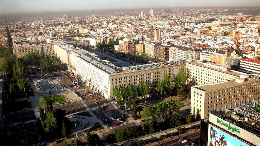 La capitalidad beneficia a Madrid con 150.000 empleos públicos, el doble de lo que le correspondería por población