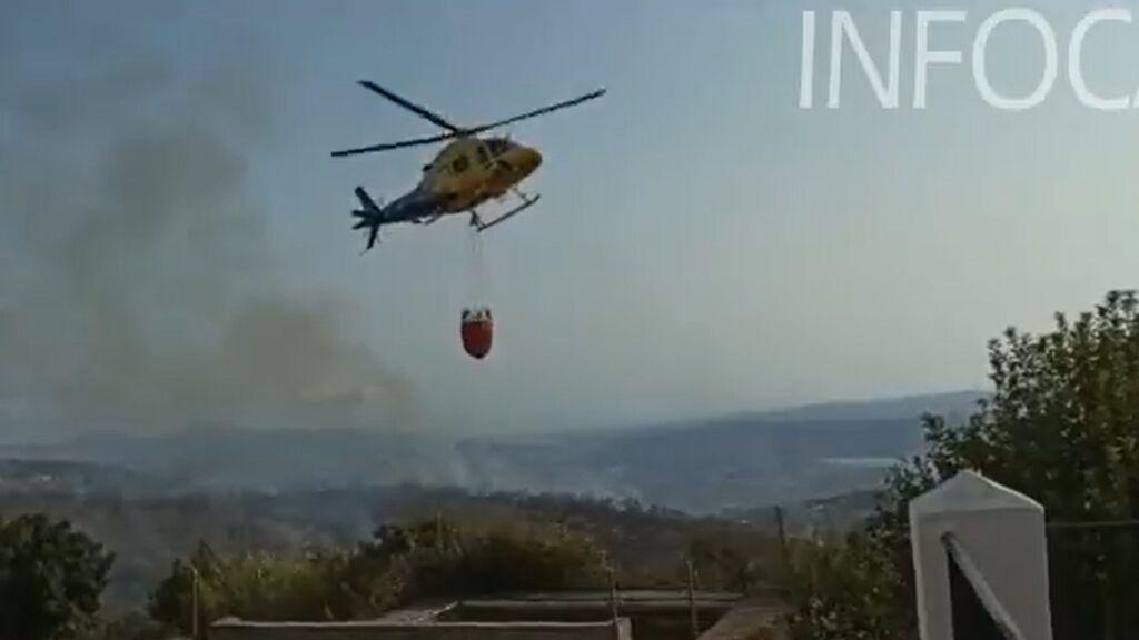 Estabilizado el incendio declarado en la localidad malagueña de Periana