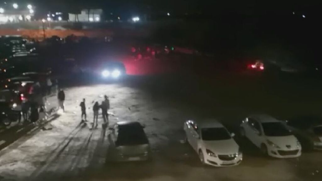 Una fiesta ilegal congrega a más de 200 jóvenes en Les Palmeres