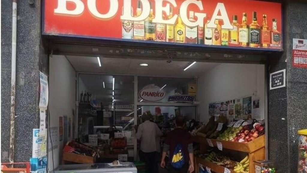 Un frutero de Santa Coloma sufre robos y daños en su negocio de forma constante