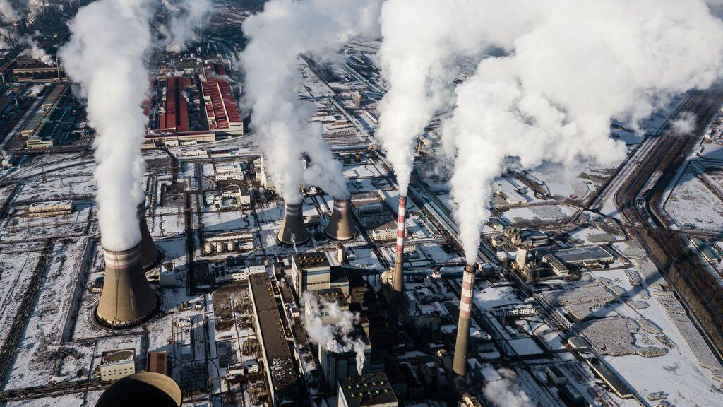 China liberaliza el precio de la electricidad derivada del carbón ante el empeoramiento de la crisis energética
