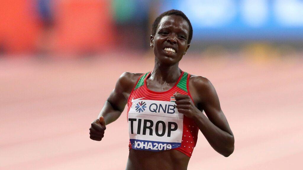 Muere apuñalada la atleta keniata Agnes Jebet Tirop:  fue récord del mundo la semana pasada