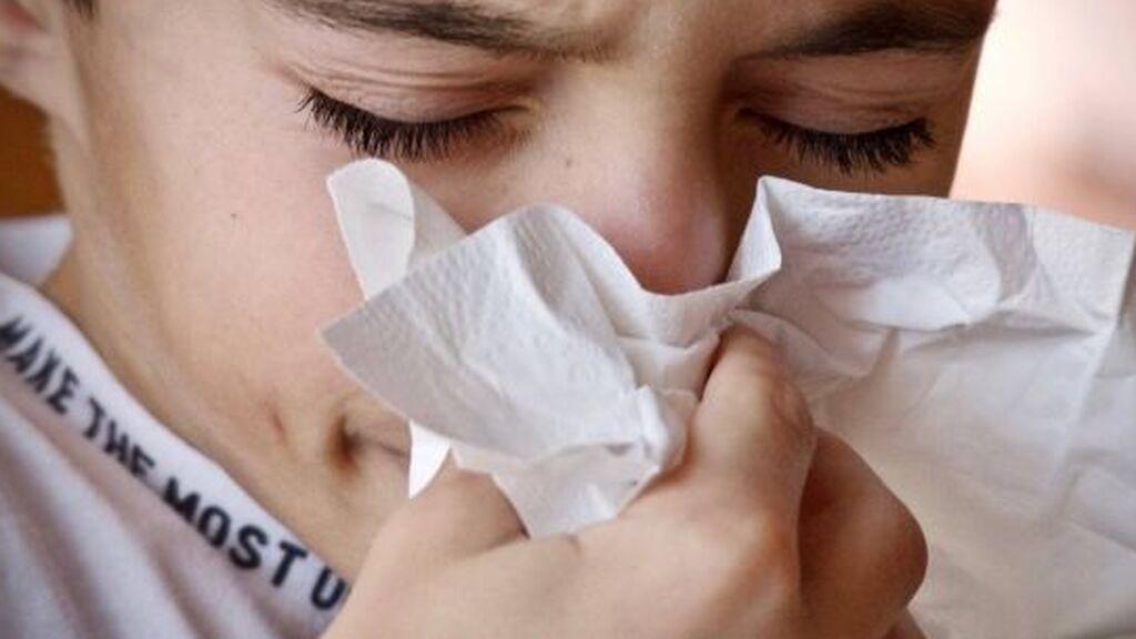 Cómo evitar que los niños 'pillen' las infecciones respiratorias y digestivas más comunes este otoño