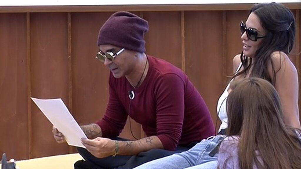 Luis lee la prueba